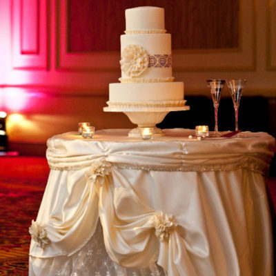 ivory pick up lace wedding gown cake table (2)